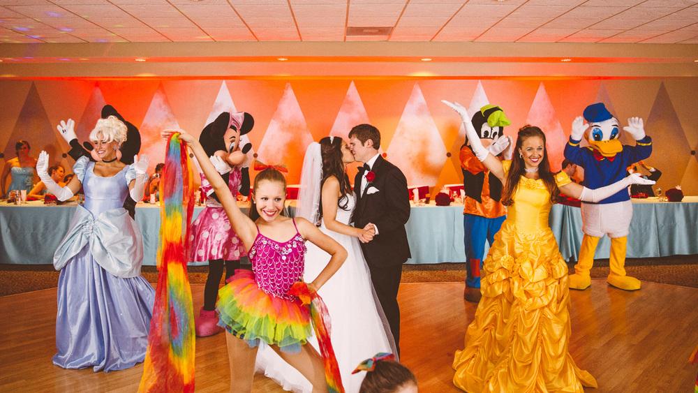 Cleveland Wedding Photographers 31.jpg