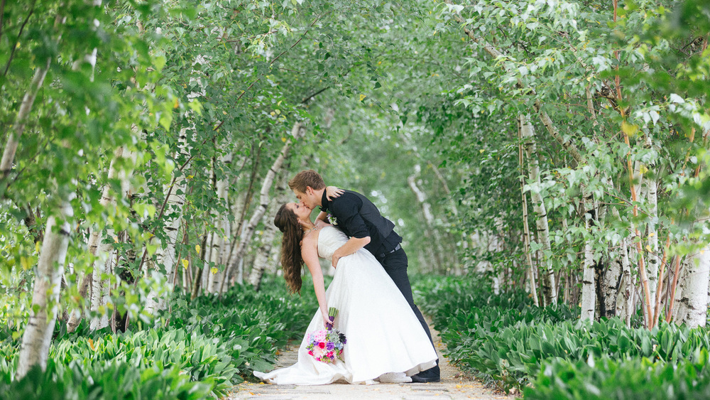 Stan Hywet Wedding Photos 01.jpg
