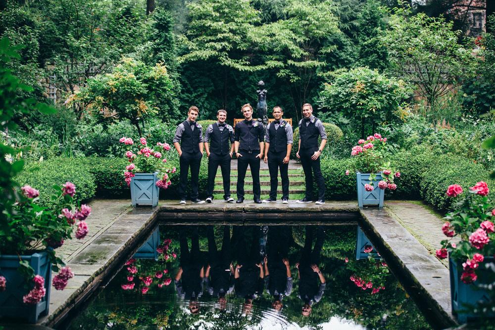 Stan Hywet Wedding Photos 07.jpg