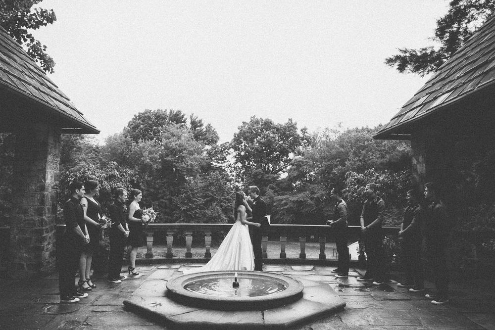 Stan Hywet Wedding Photos 27.jpg