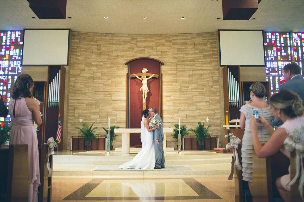 Ariel International Center Wedding Photos 21.jpg