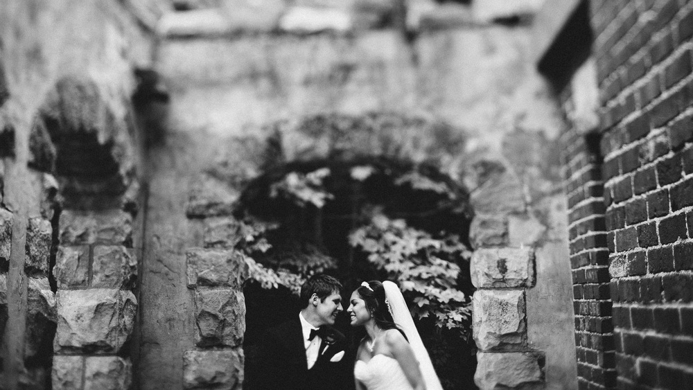 Krista + Kyle a cleveland wedding with photos at squires castle