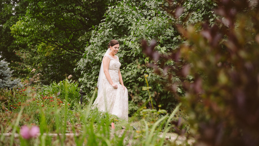 Holden Arboretum Wedding Photographer Outdoor Ceremony Cleveland 12.jpg