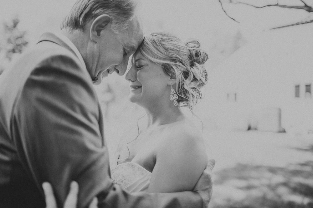 Cleveland Wedding Photographer 06.jpg