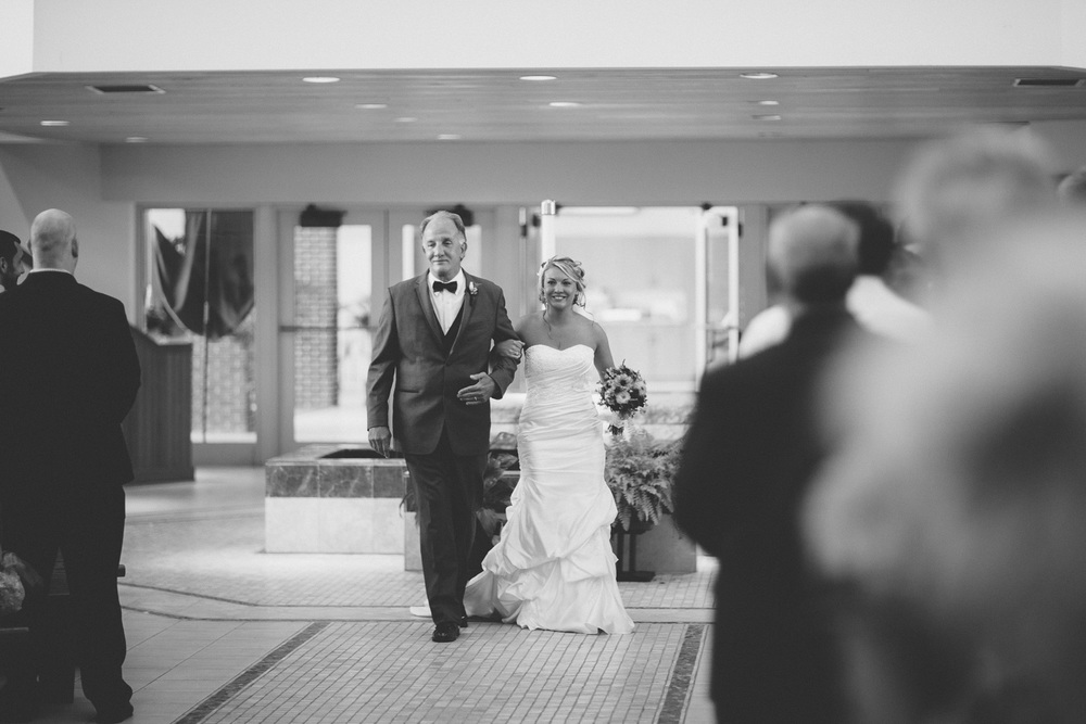 Cleveland Wedding Photographer 08.jpg