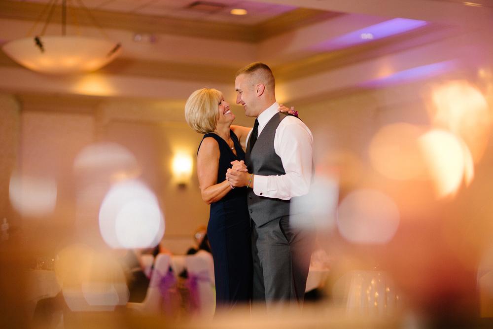 Cleveland Wedding Photographer 33.jpg