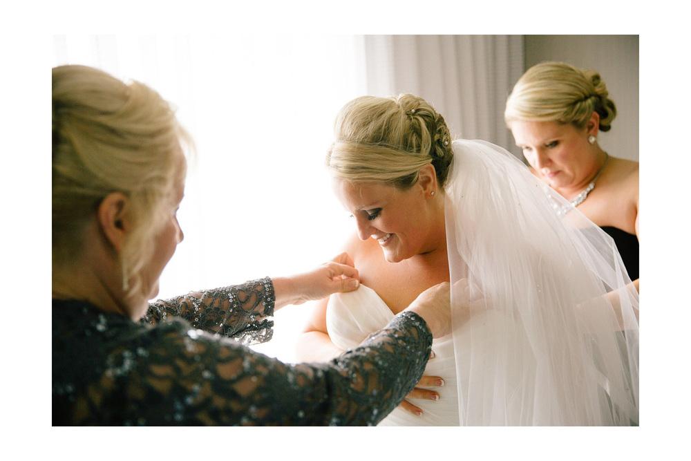 Cleveland Wedding Photographer 04.jpg