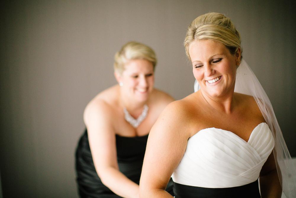 Cleveland Wedding Photographer 05.jpg