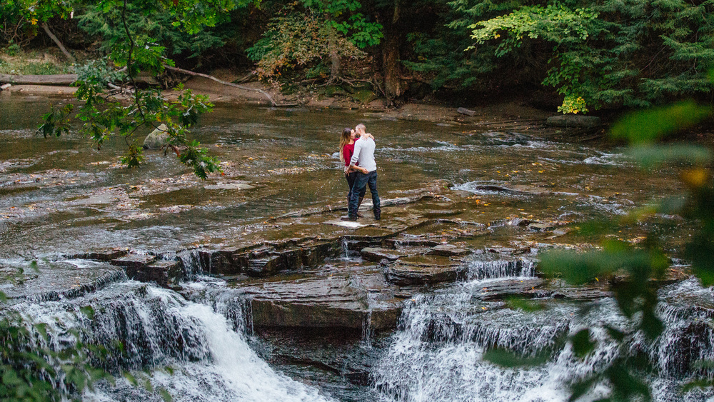 Cleveland Metro Parks Engagement Photos 09.jpg