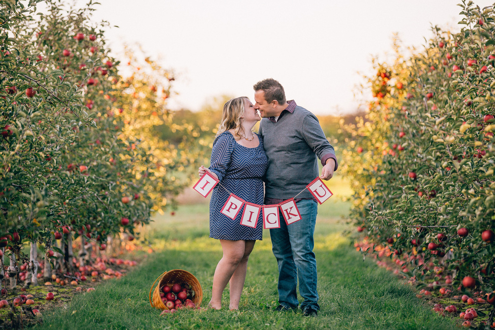 Fall Apple Orchard Engagement Photos in Ohio 11.jpg