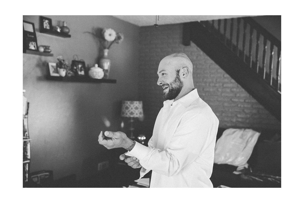 Cuyahoga Falls Wedding Photographer at Shearton 02.jpg