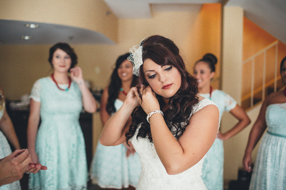 Cuyahoga Falls Wedding Photographer at Shearton 13.jpg