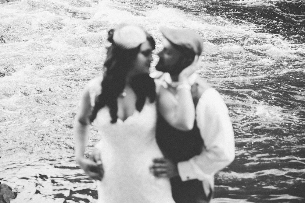 Cuyahoga Falls Wedding Photographer at Shearton 21.jpg