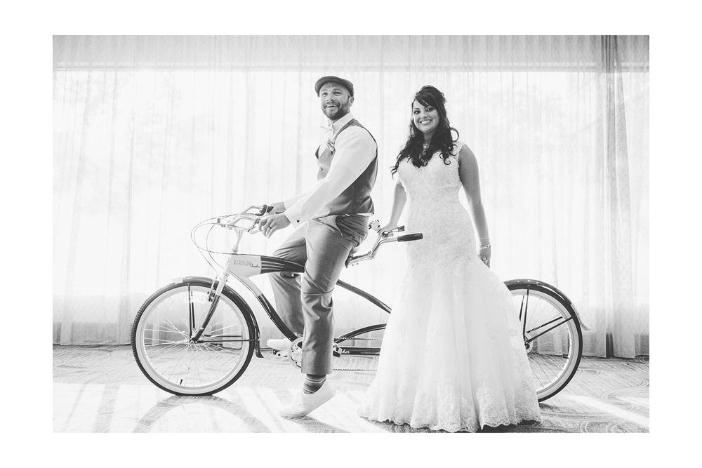 Cuyahoga Falls Wedding Photographer at Shearton 27.jpg