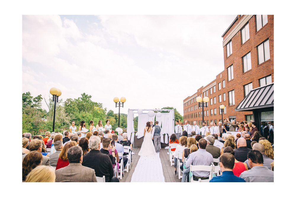 Cuyahoga Falls Wedding Photographer at Shearton 31.jpg