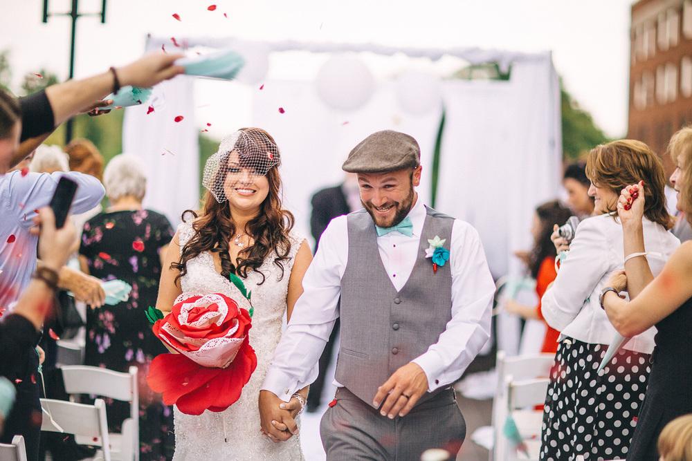 Cuyahoga Falls Wedding Photographer at Shearton 38.jpg