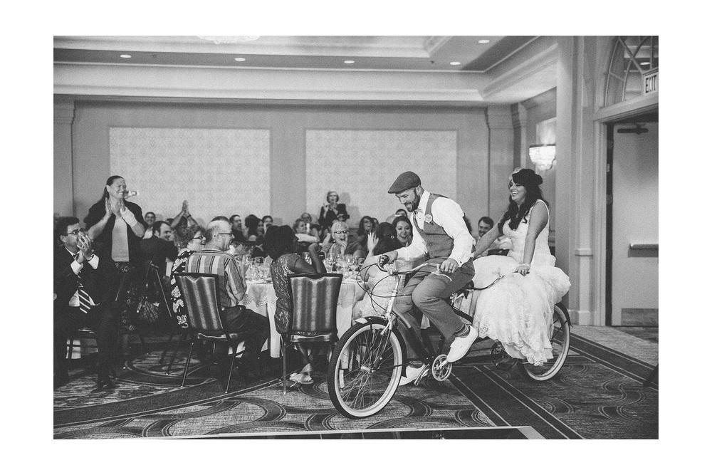 Cuyahoga Falls Wedding Photographer at Shearton 41.jpg