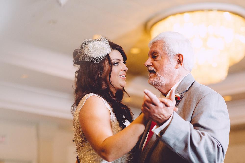 Cuyahoga Falls Wedding Photographer at Shearton 44.jpg