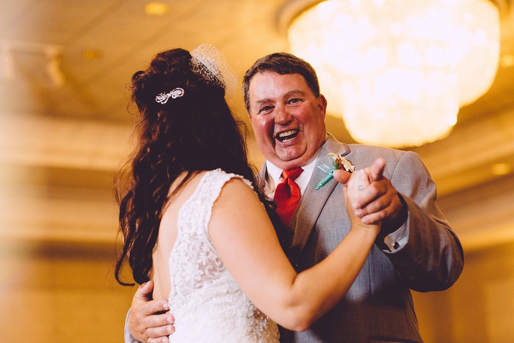 Cuyahoga Falls Wedding Photographer at Shearton 46.jpg
