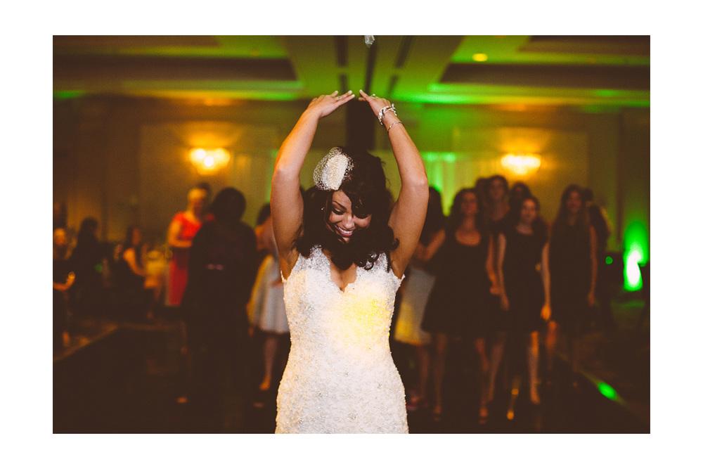 Cuyahoga Falls Wedding Photographer at Shearton 49.jpg