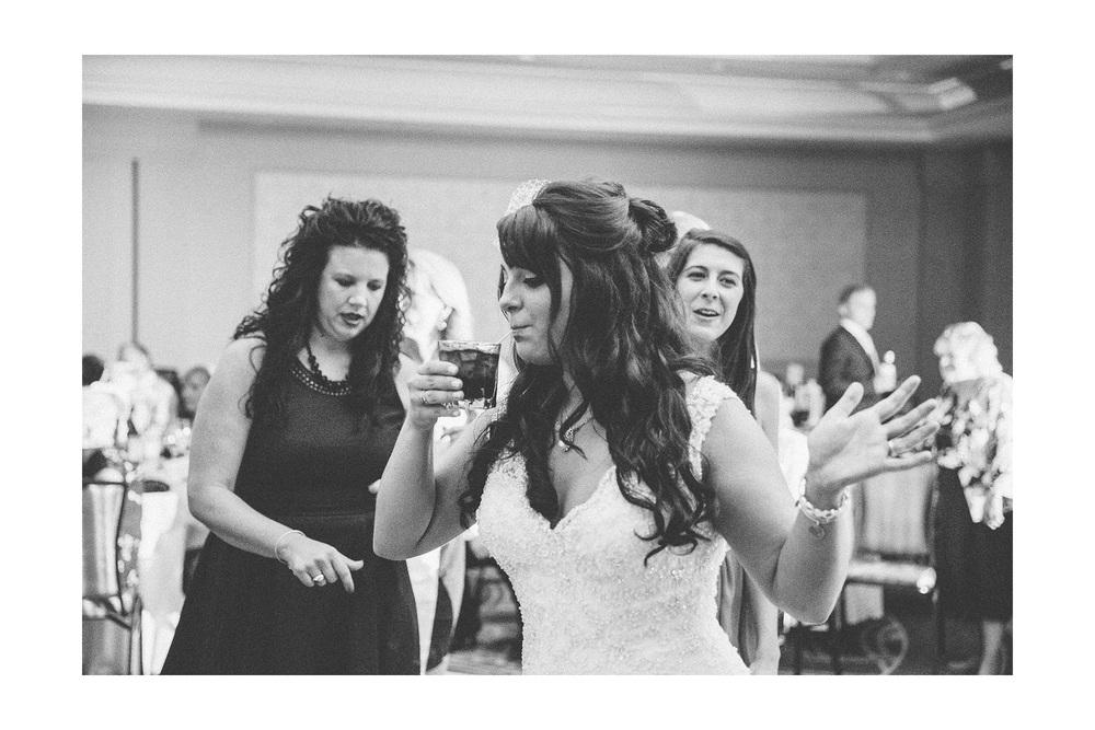 Cuyahoga Falls Wedding Photographer at Shearton 53.jpg