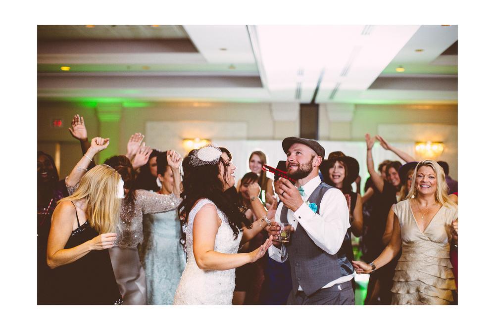Cuyahoga Falls Wedding Photographer at Shearton 55.jpg