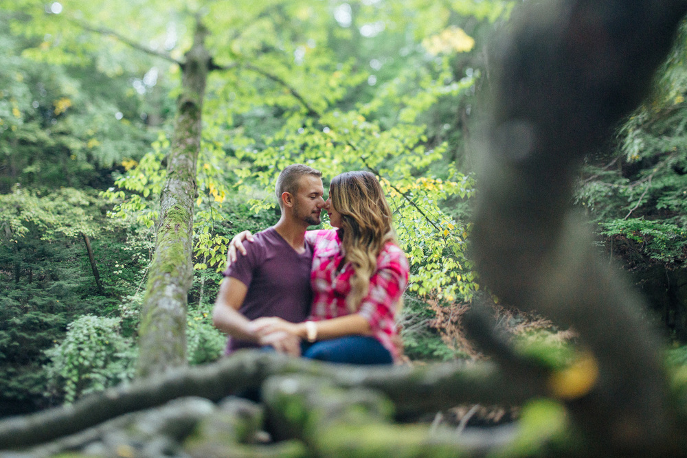 Caitie + Justin a fall engagement session in the metro parks