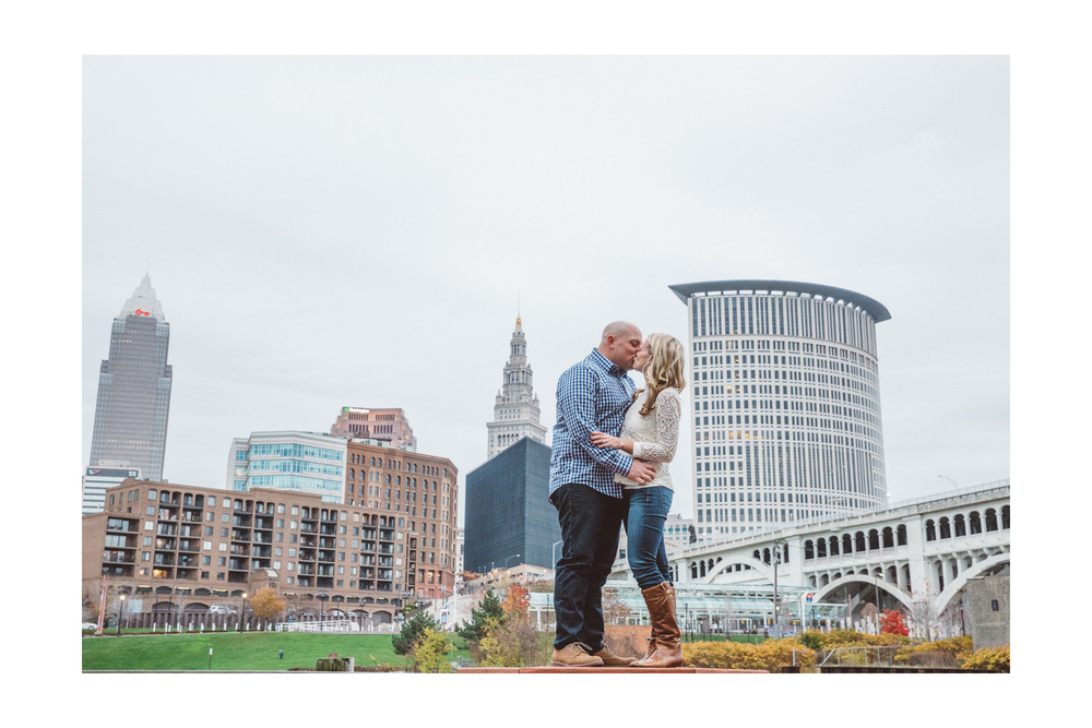 Downtown Cleveland Engagement Photos 12.jpg