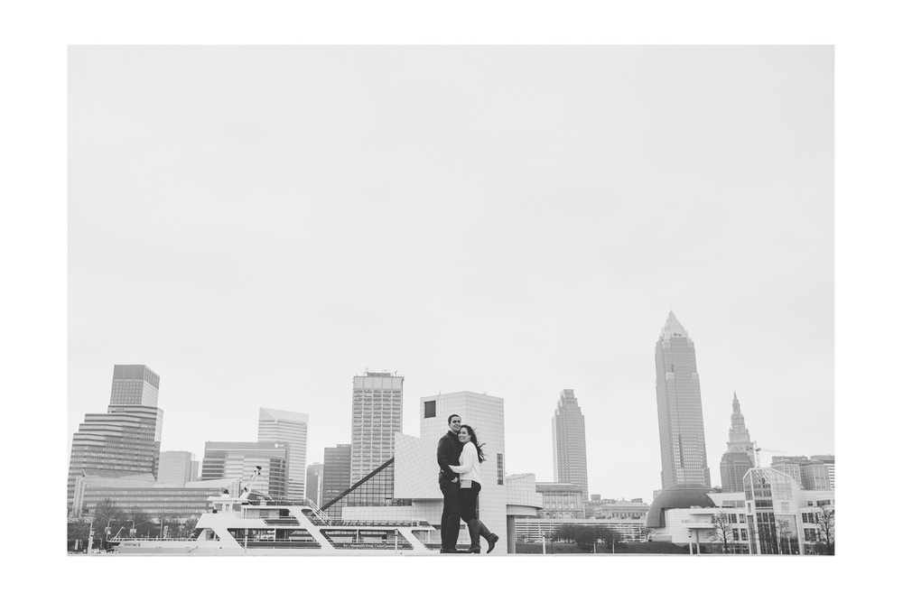 Dowtown Cleveland Engagement Session 08.jpg