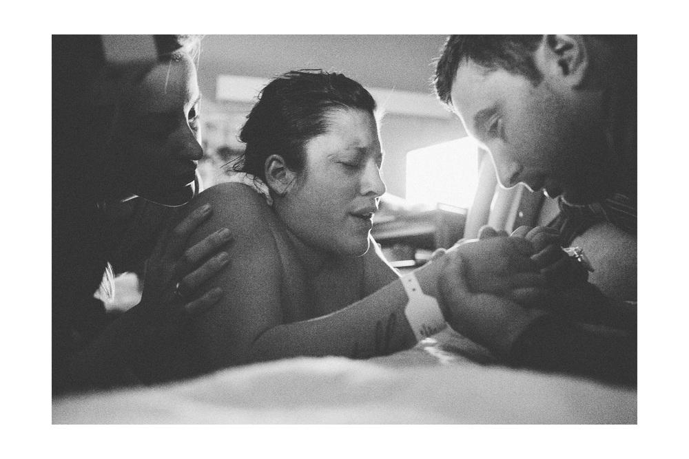 Birth Photography in Cleveland at St John Westshore Hospital 10.jpg
