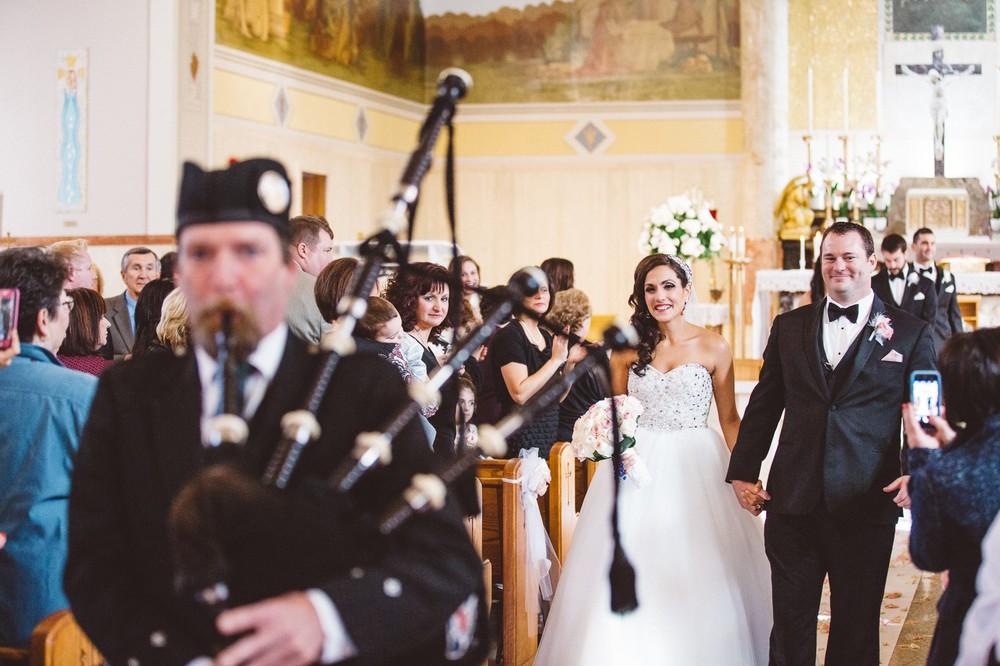 Dowtown Marriot Cleveland Wedding Photographer-17.jpg