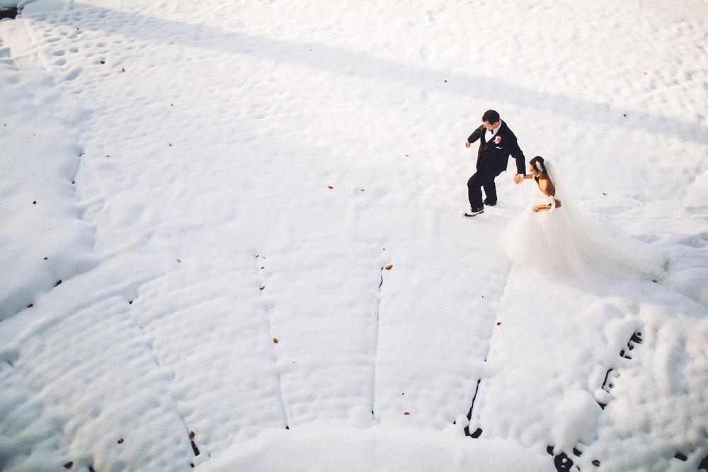 Dowtown Marriot Cleveland Wedding Photographer-27.jpg