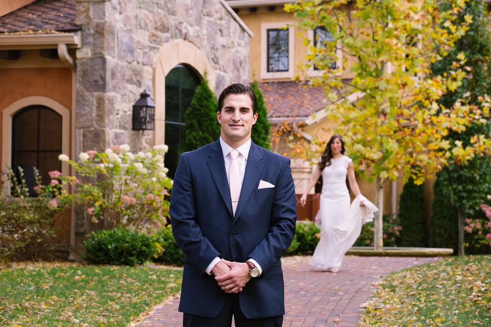 Gervasi Vineyard Wedding Outdoor Wedding in Ohio 11.jpg