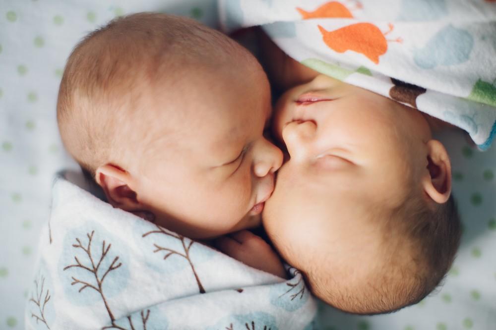Cleveland Newborn Baby Photographer-5.jpg