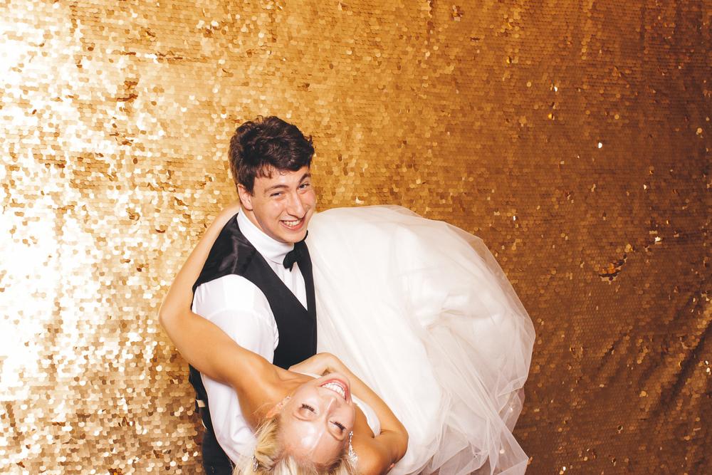 00259-Wydham Hotel Wedding Photobooth-20150725.jpg