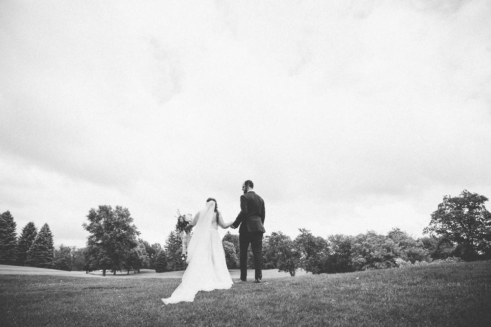 Congress Lake Country Club Wedding Photos-30.jpg