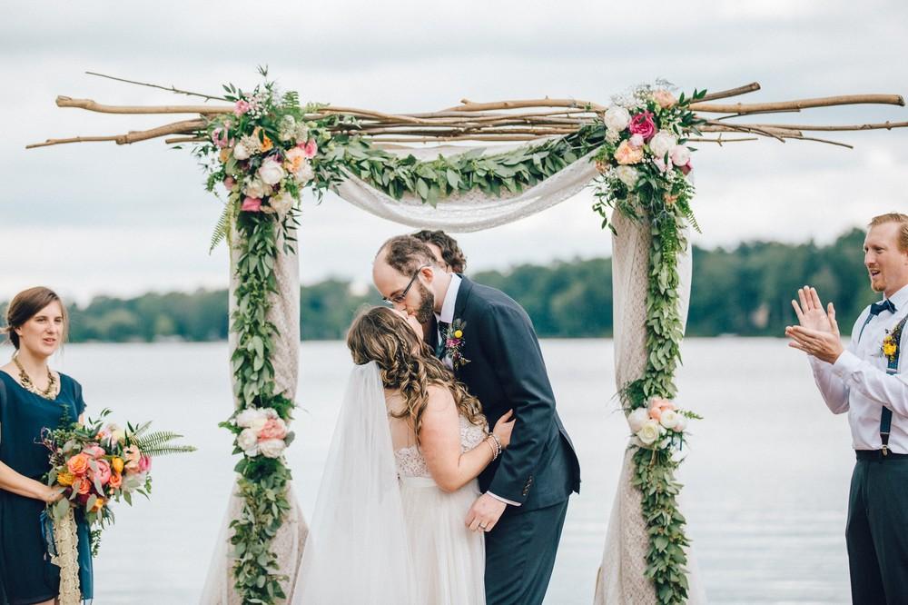 Congress Lake Country Club Wedding Photos-41.jpg