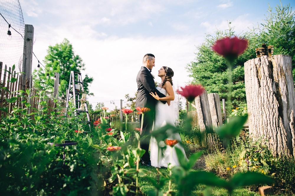 Amy + Josh a thorncreek winery and gardens wedding in aurora