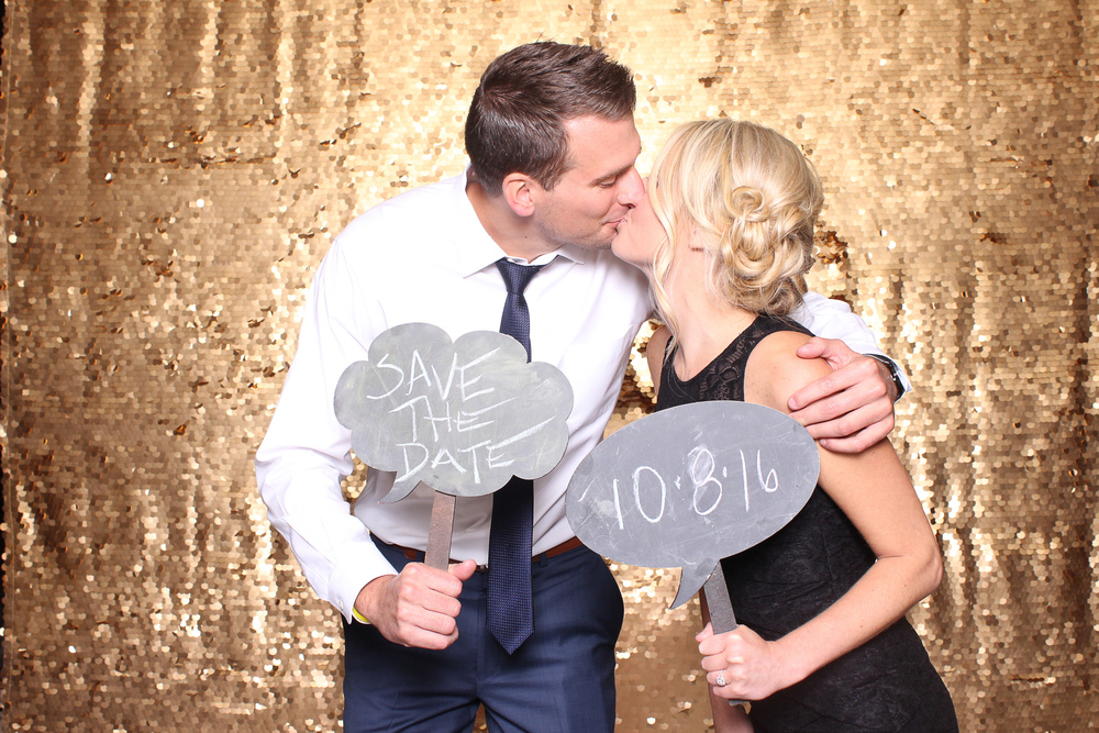 00391-Cleveland Wedding Photo Booth Open Air at Hillbrook-20150912.jpg