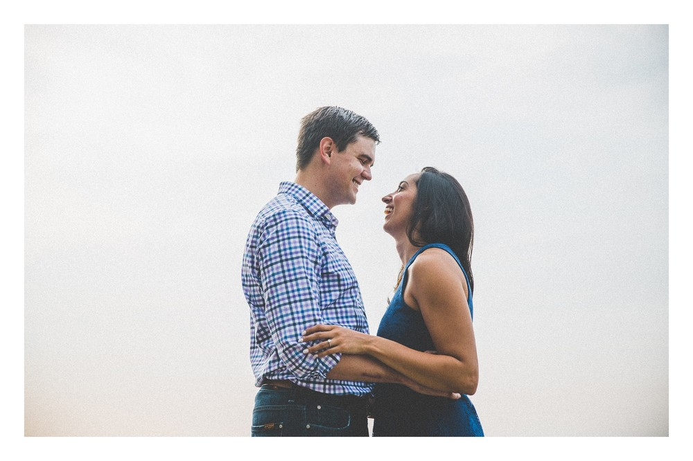Cleveland Beach Engagement Photos-10.jpg