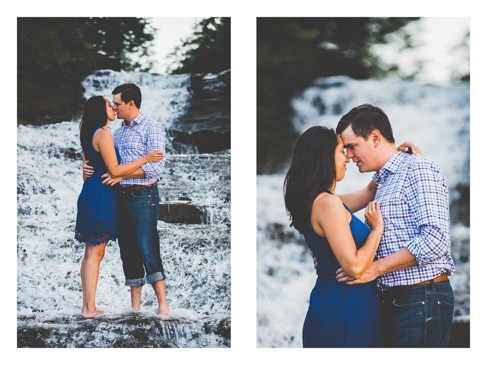 Cleveland Beach Engagement Photos-18.jpg
