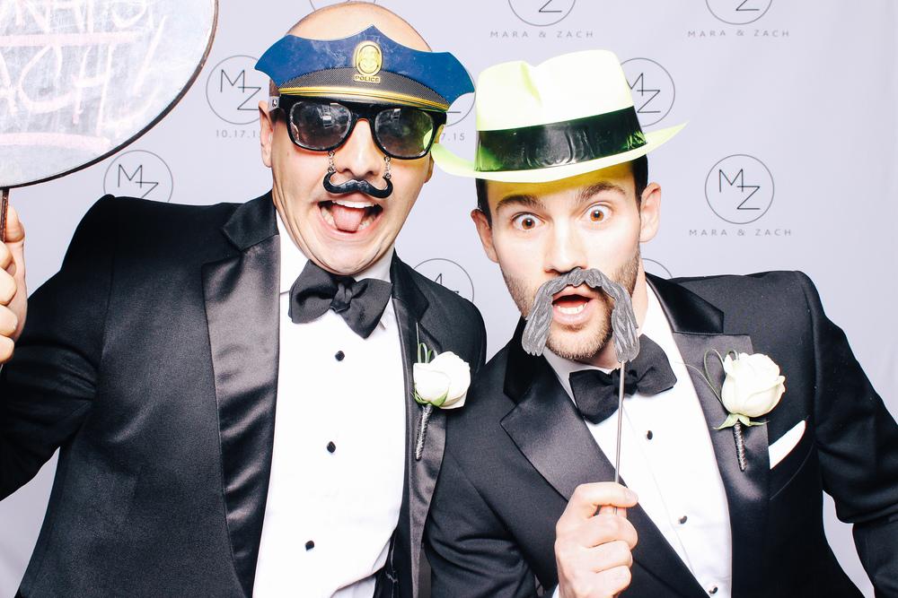 00002-Cleveland Museum of Art Wedding Photobooth-20151017.jpg