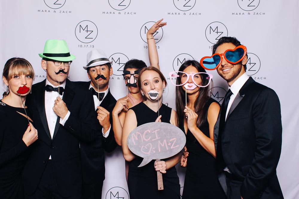 00214-Cleveland Museum of Art Wedding Photobooth-20151017.jpg