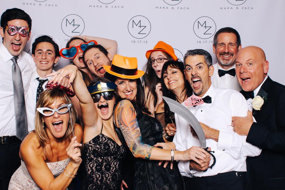 00418-Cleveland Museum of Art Wedding Photobooth-20151017.jpg