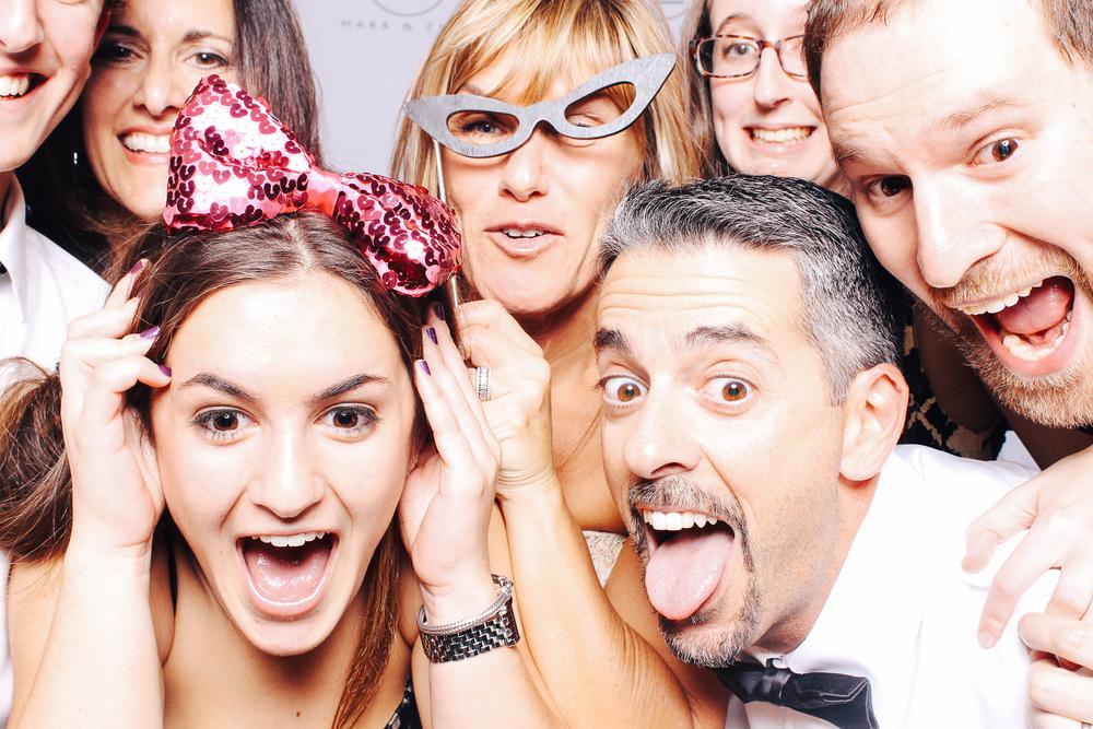 00422-Cleveland Museum of Art Wedding Photobooth-20151017.jpg