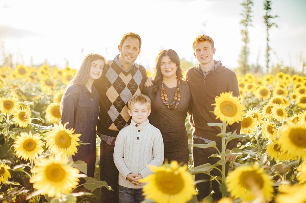 Petzinger Family fall portraits in avon ohio