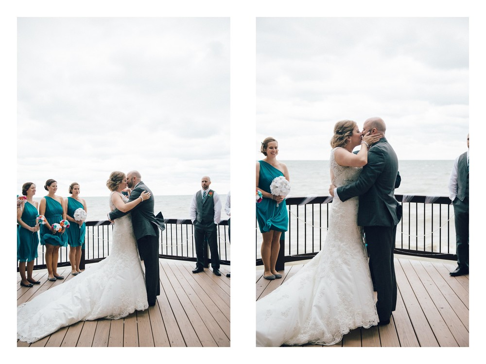 Intimate Cleveland Wedding Photographer Outside Wedding -17.jpg