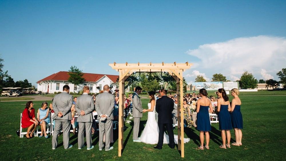 Golf Depot Wedding in Gahanna Ohio Wedding Photographer-27.jpg