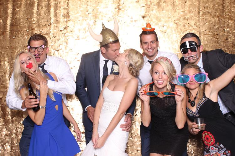 cleveland wedding photographer photobooth too much awesomeness