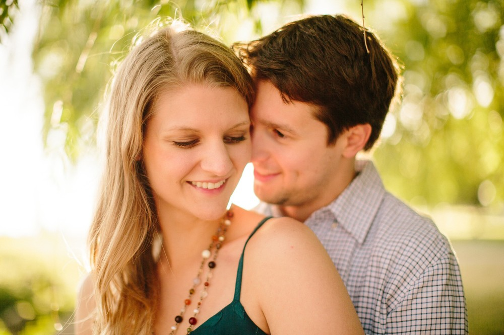 Cleveland Engagement Session at Edgewater Park  15.jpg